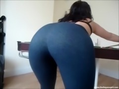 BIG ASS GIRL candid BIG BOOTY s ... free