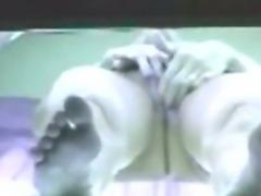 Voyeur Camera - Mulher pelada se masturba no bronzeamento Flaga amador