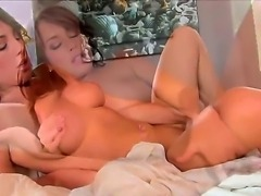 Large titted Bella Cole woke up this beautiful weekend morning and the first idea that she got was to rub her beautiful pussy. Bella sleeps without lingerie and this lets her pussy without cover!