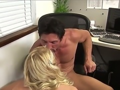 Petite blonde schoolgirl Jessie Andrews gives head to muscled fucker Tommy Gunn with big pecker