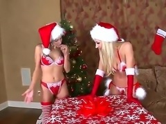 Christmas hot lesbians Celeste Star, Sammie Rhodes and Sophia Santi in hot threesome!