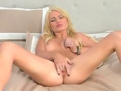 Good looking blonde Alexis Ford masturbates