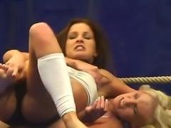 Bea Stiel and Kissy are having a nasty and wild lesbian hardcore scene