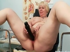 This chubby blond milf just turned fifty. This woman doctor enjoys inserting gyn tools and his fingers in elder pussy moreover in hairy pussy. He prefer to exam hairy pussy instead of shaved pussy.