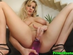 Gorgeous natural big breasted babe solo pussy toying in high def