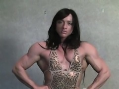 Katka Shows Off Her Powerful Muscles