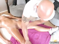Tasha Reign gets her pretty face cum covered