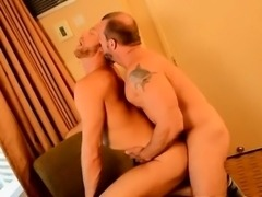 Hardcore gay The Boss Gets Some Muscle Ass