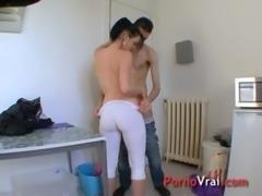 Lana adore baiser dans des lieux insolites ! French amateur free
