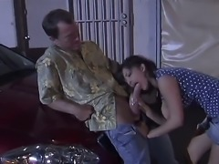 We see here the lovely Carmen Hart giving a blow job on the warehouse parking lot. She loves to do it in public places in the cover of the night.