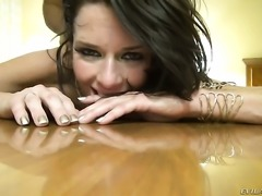 Veronica Avluv sucking like it aint no thing in blowjob action with Manuel Ferrara