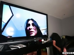 Sheila Marie has a nice time rubbing mans fuck stick