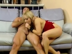 Classy hooker cockriding after oral