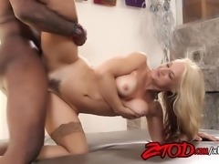 Sarah Vandella Gets Fucked Hard Interrially