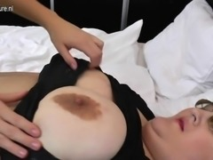 Bbw mom fucked by young lesbian girl