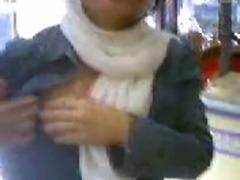 Iranian amateur boobs