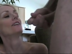 Stunning mother provides work to an incredible mouth