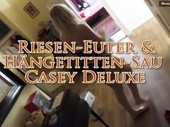 Haengetitten-Sau Casey Backstage: Die Anprobe