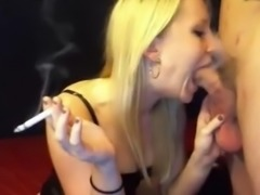 Hot webcam blonde smoking blowjob