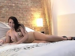 Asian hooker has her tight pussy drilled