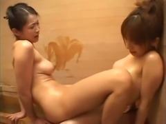 Japanese girls kiss (censored)