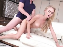 Blonde toy fucking her fuck hole