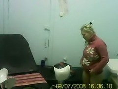 Hidden cam video of blonde lady on the gynecologist chair in the hospital