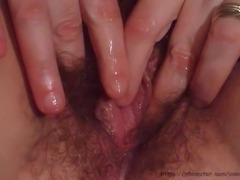 Cheap $10 street hooker Ahleah playing with her pussy