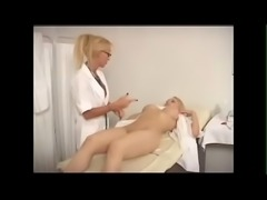 MILF doctor plays with her patient