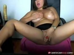 Busty brunette milf fingerin pussy - camtocambabe.com