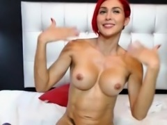 Dirty  Camslut Plays With Her Pussy