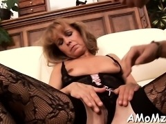 Pussy licking and mad riding is what this horny mom needs