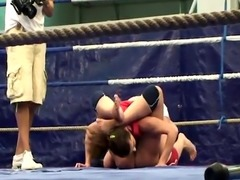 Les babes spanking and gaping while wrestling