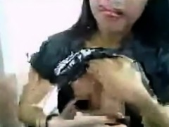 Thai Babe Nice Boobs Masturbating
