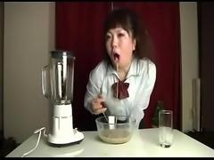 Vomit milkshake