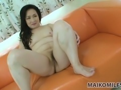 Lascivious mature woman Shizuyo Maeno hasn't lost interest in her sex toys