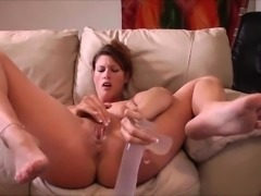 Sexy MILF Squirting Together with her Dildo