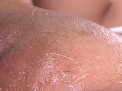 shaving her sweet cunt