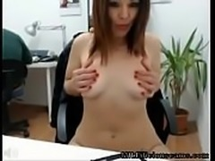 Milf office girl naked on cam - MILFiliciouscams.com