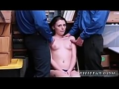 Police woman amateur LP officers made suspect aware that the police
