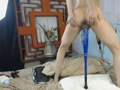 Anal fetish skank toying and spreading her big booty ass