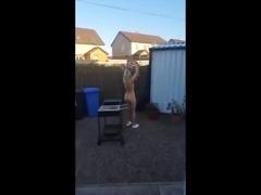 Flashing Wife