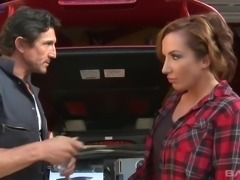 Shaved pussy of horny MILFie lady Richelle Ryan gets fucked hard by mechanic