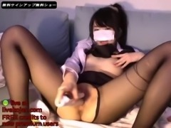 korean camgirl in pantyhose touches her pussy