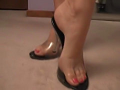 These sexy black and clear heels get jizzed