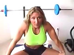 Buffed Babe Autumn Raby Buffed Babe Autumn Raby fbb muscle woman bodybuilder...