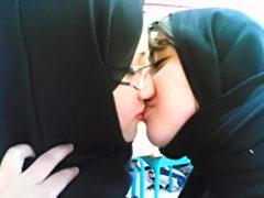 Arab lesbians munching pussies