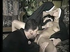 monahini-eroticheskie-filmi