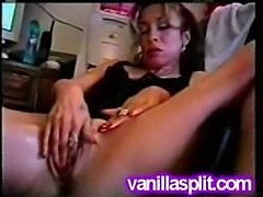 Amateur white slut pussy gape and squirt