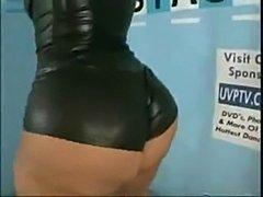 Ebony/ latina sexy booty dancer scarlett dancing sexy  free